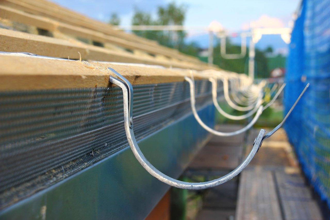 Dachrinnen aus Metall - eine Aufgabe für den Blechner